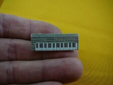 (M-324) ROLAND D50 SYNTHESIZER keyboard tac Tie TACK PIN PEWTER JEWELRY brooch