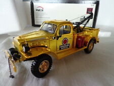 ERTL COLLECTIBLES 1:25  DIE-CAST 1946 DODGE POWER WAGON TOW TRUCK CHROME EDITION