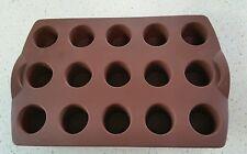 Moule silicone tupperware à  15 mini bouchée muffins ou moelleu  couleur marron