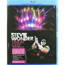 STEVIE WONDER - LIVE AT LAST-A WONDER SUMMER'S NIGHT; BLU-RAY  28 TRACKS  NEU