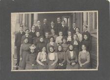 ORIGINAL CLASS PHOTOGRAPH OF YOUNG WELL-DRESSED MEN   WOMEN W/ NAMES