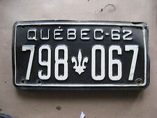 1962 62 QUEBEC CANADA CANADIAN LICENSE PLATE  RARE # 798 067