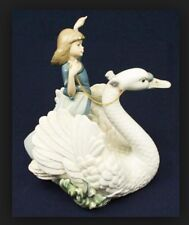 "LLADRO 5705 ""SWAN AND PRINCESS"""