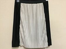 Armani Exchange UK Size Medium M Black Ivory Pleated Midi Skirt