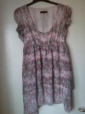 Tan fabuloso vestido / largo Top Talla 16 En pinks/creams Muy Bonito Detalle De Verano