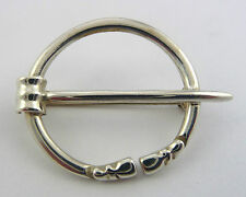 Ola Gorie Silver Penannular Brooch Pin Scottish Boxes