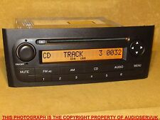 FIAT PUNTO GRANDE STEREO RADIO CD PLAYER WITH WARRANTY AND CODE. F199 CD GHS5100