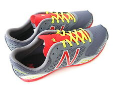 NWB New Balance 900 Men's Running Shoe Size 10 (US) Gray with Red