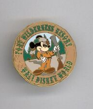 1998 Disney Fort Wilderness Resort Mickey Mouse Coonskin Cap Rifle Pin HTF