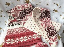 Knitted Cap and Scarf One Piece Reindeer Winter Christmas
