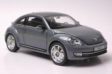 KyoSho Volkswagen Beetle Coupe car model in scale 1:18 gray