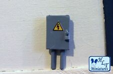 1:32 SCALE ELECTRICAL FUSE BOX MINIATURE FARM DIORAMA  FOR BRITAINS WM064