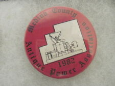 OLD VINTAGE 1982 POWER ASS'N TRACTOR PINS PINBACKS COLLECTIBLE