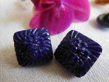 duo boutons ancien en verre carré sur pied décor floral bleu foncé 1,4 cm R 1276