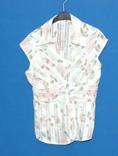 ~WHITE V NECK CAP SLEEVE BLOUSE WITH PINK FLOWER PATTERN~SIZE M~
