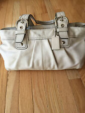 Coach white Soho Pleated Leather shoulder bag  F13732 EUC