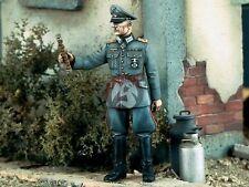 Verlinden 1/35 Generalfeldmarschall German Heer Field Marshal w/Baton WWII 1166