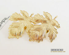 Lots 2 Pieces Gold Plated Alloy Maple Leaf Collar Stunning Tip Brooch