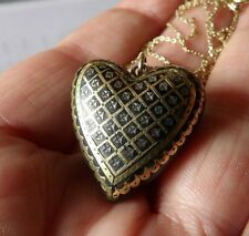 Exquisite Georgian natural marine shell pique heart shaped pendant on 14k chain