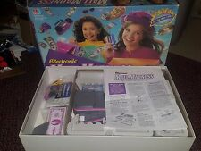 MALL MADNESS Electronic Talking Shopping Board Game Milton Bradley 1996