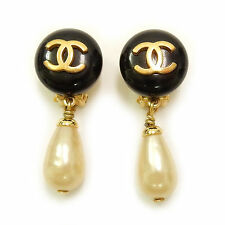 CHANEL Gold Plated Black CC Logos Vintage Imitation Pearl Swing Earrings #944a