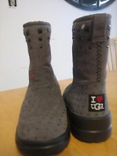 Womens I Heart UGG grey w/hearts suede rock & roll short winter boots sz.6 $160-