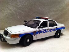 "1/18 SCALE HOUSTON TEXAS POLICE  UT DIECAST MODEL  ""NON WORKING LIGHTS"""