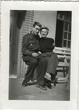 PHOTO ANCIENNE - VINTAGE SNAPSHOT - MILITAIRE COUPLE AMOUREUX - MILITARY LOVERS