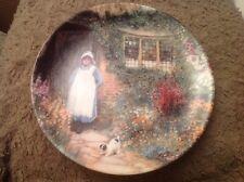 Wedgwood collectionneurs plaque anglais gites ruraux fille avec chien en dehors de cottage