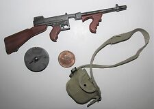 Dragon 1/6 Scale WW2/WWII U.S Thompson & Bag (TG)