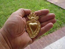 One Milagro Sacred Heart Gold Tone Ex Voto Milagros Silver Tone