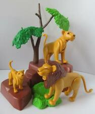 Playmobil zoo/Safari animals: Lion, lioness & cub with rocky scenery NEW