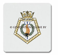 RFA FORT VICTORIA GLASS KITCHEN CHOPPING BOARD