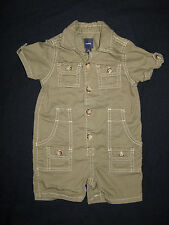 EUC Baby Gap Boys 12-18 mo. Romper One Piece Summer Outfit Army Olive Green