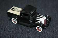1932 Ford Hot Rod Truck 1/43 scale ACES EIGHT scalloped BLACK AND WHITE