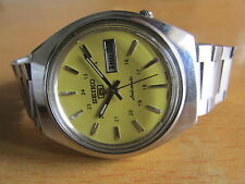 VINTAGE SEIKO 5 AUTOMATIC YELLOW COLOR 24HOUR DIAL ANALOG WATCH WORKING PROPERLY