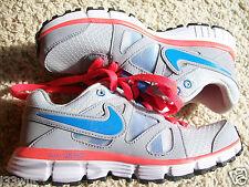 Zapatillas para mujer Nike listo UK Size 2.5 Nuevo En Caja