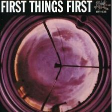 First things first world-Band récepteur NEUF