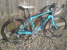 GIANT DEFY ADVANCED 3 CARBON FRAMED BICYCLE 2015 IN A SMALL- CHIP ON FRAME