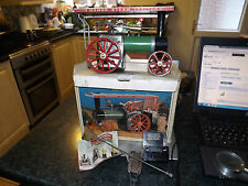 MAMOD TE1A LIVE STEAM TRACTION ENGINE WITH ORIGINAL BOX AND ACCESSORIES