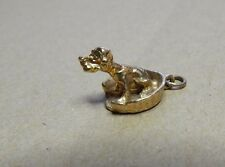 SUPERB VINTAGE 9CT GOLD FOB PENDANT CHARM BRACELET dog Spaniel in basket 3.5gram