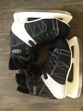 CCM Intruder 55 Jr Size 2 Ice Hockey Skates Good Shape***