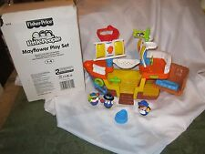 Fisher Price Little People Mayflower Thanksgiving Ship Pirate Pilgrims good NEW