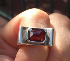 Vintage Modernist Sterling Silver & Garnet Ring Signed Size 7.5