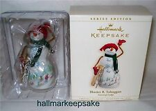 2006 HALLMARK ORNAMENT BLUSTER B. TOBOGGAN #2 IN SERIES SNOWTOP LODGE SNOWMEN