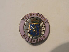 INSIGNE BADGE CLUB CYCLISME VELO SPORT NIVERNAIS