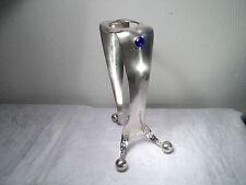Vasenhalter Dekoration Dreibein Bauhaus-Stil H.R.W. Fink Cabochon Glas rot blau