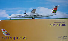 Hogan Wings 1:200 Bombardier Dash 8 Q 400 SA Express LI5651 +Herpa Wings Katalog
