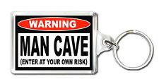 WARNING MAN CAVE IDEAL GIFT KEYRING LLAVERO