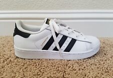 ADIDAS-Superstar La Marque AUX 3 Bandes -Size 2 Kid's White Sneakers -Gold Label
